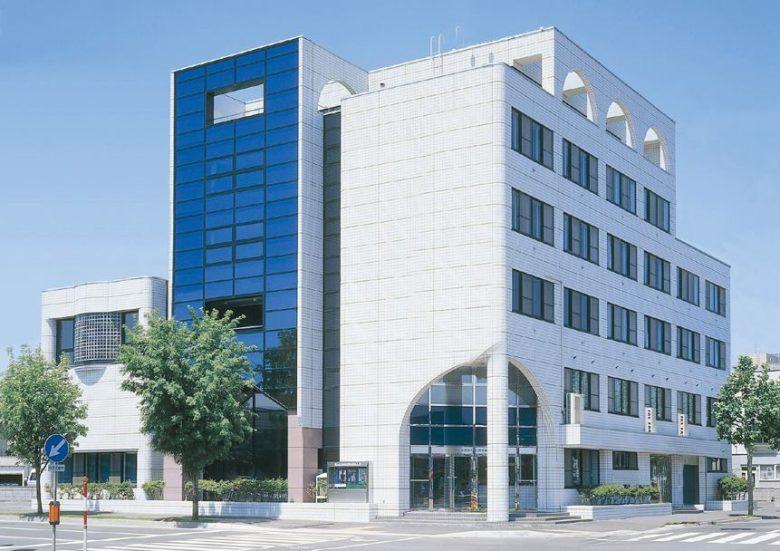 札幌の吉田学園情報ビジネス専門学校に会社説明会に行ってきました!